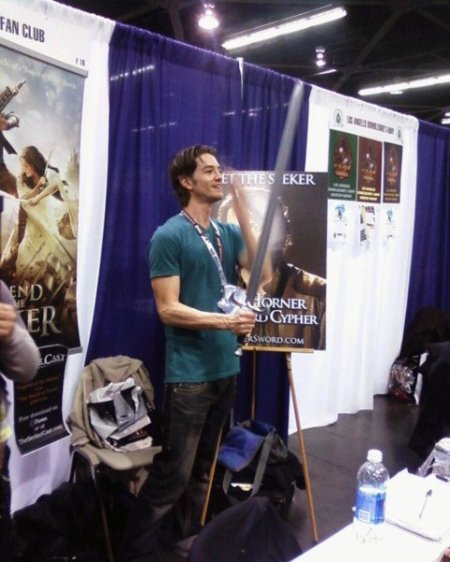 Craig Horner shows off his Seeker chops for fans at WonderCon 2012.  Photo courtesy of SaveOurSeeker.com.