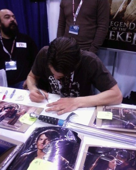 Craig Horner, star of Legend of the Seeker, chats with fans and signs autographs for 2nd day at WonderCon 2012.  Photo courtesy of SaveOurSeeker.com.